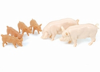 Britains - 2 White pigs with piglets  1:32
