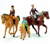 Britains - 3 Paarden met 3 Ruiters
