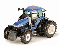 ROS - New Holland 8770A met Afneembare dubbellucht  1:32