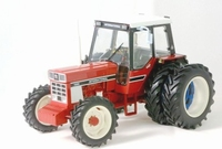 International - IH 955 with Duals  1:32
