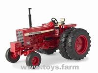 ERTL 2019 - IH International - Farmall 756 met Dubbellucht  1 32