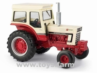 "ERTL 2019 - IHC International Farmall 1066 ""5-Millionth""  1 32"