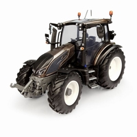 Universal Hobbies - Valtra G135 - Metallic Bronze  1 32