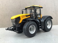 Wiking - JCB Fastrac 8330 - Strassen Reifen  1 32
