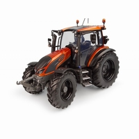 "UH - Valtra G135 ""Unlimited""- Orange Metalic  1 32"