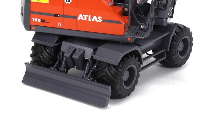 AT-2020 - Atlas 160W  wheeled Excavator - Nokian tires