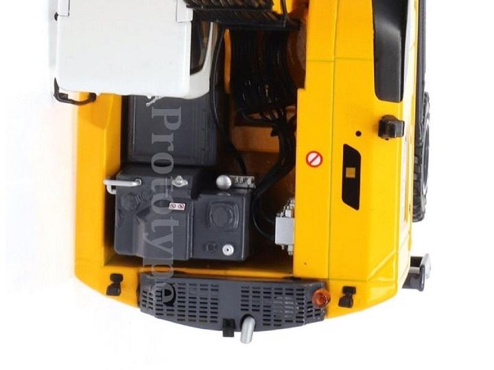 AT-2021 -  Liebherr A916  wheeled Excavator - Nokian tires