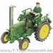 SIKU Farmer Klassik - John Deere Lanz Traktor mit Mähbalken  1 32