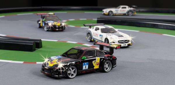 De Racing Circuit Rc Siku Voiture Un Course Sur rdsBtChQx